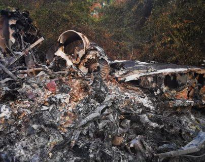 La aeronave quedó destruida al estrellarse en la Libertad, Petén. (Fotoo Prensa Libre: Cortesía)