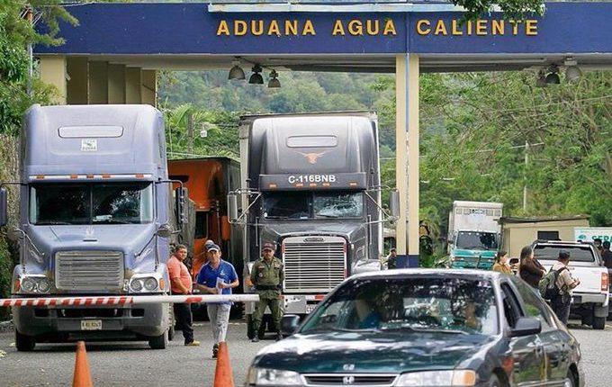Por medio de trámites electrónicos se busca agilizar importaciones y exportaciones, argumenta la SAT. (Foto, Prensa Libre: Hemeroteca PL).