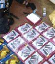 Paquetes de cocaína localizados en San Andrés, Petén, donde se capturó a diez personas. (Foto Prensa Libre: MP).