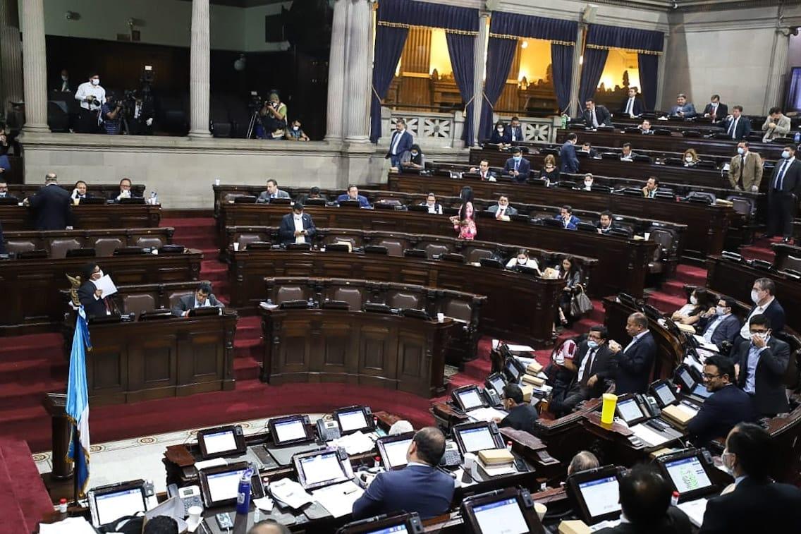 Alianza oficialista habría destinado Q600 millones del Presupuesto para pago de favores
