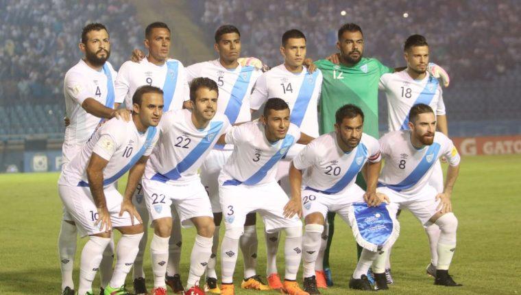 Este es el once de Guatemala que venció a Estados Unidos. (Foto Prensa Libre: Hemeroteca PL)