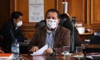 El alcalde de Xela, Juan Fernando López, expresó la preocupación por las finanzas de la comuna. (Foto Prensa Libre: Raúl Juárez)