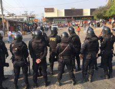 Tensión en Chiquimula por el posible de desalojo de vendedores. (Foto Prensa Libre: Dony Stewart)