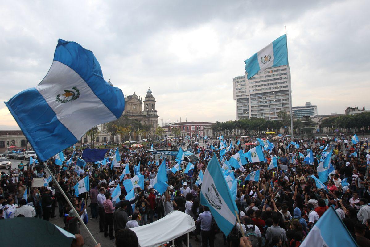 """Guatemala: Cruzada contra la corrupción cumple cinco años con Estado aún """"capturado"""""""