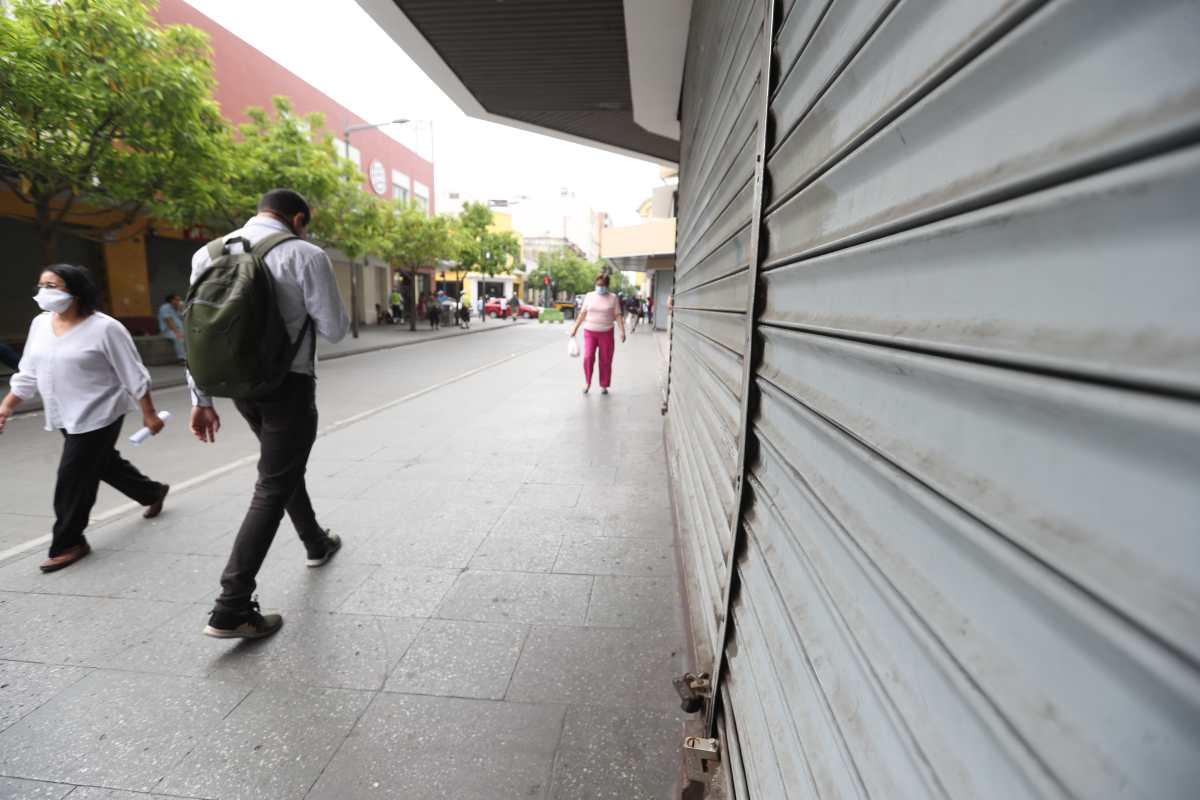 En año de pandemia, migrantes enviaron más dinero que todo lo recaudado por el Estado