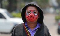 El uso de la mascarilla obligatoria para todas personas esto para evitar el contagio de  CORONAVIRUS.   Fotograf'a. Erick Avila:              17/04/2020