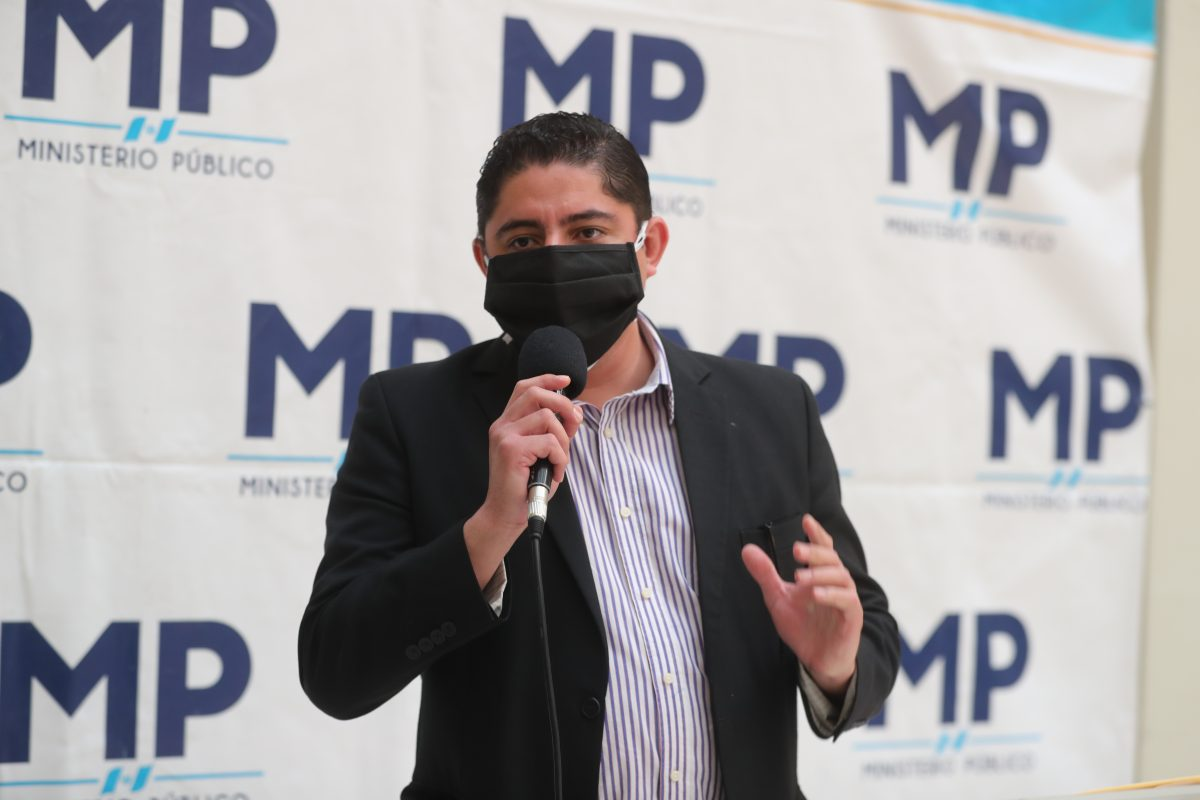 Remueven a Stuardo Campo de la Fiscalía Contra la Corrupción y dirigirá la Fiscalía contra el Tráfico Ilícito de Migrantes