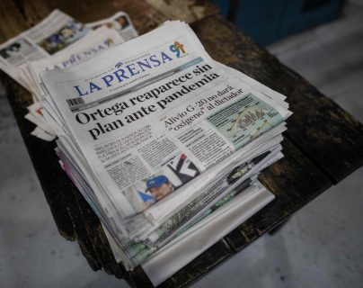 La Prensa de Nicaragua destacó que aunque Ortega reapareció en Televisión el pasado miércoles, no anunció ninguna estrategia para enfrentar la pandemia de covid-19.  (Foto Prensa Libre: AFP)