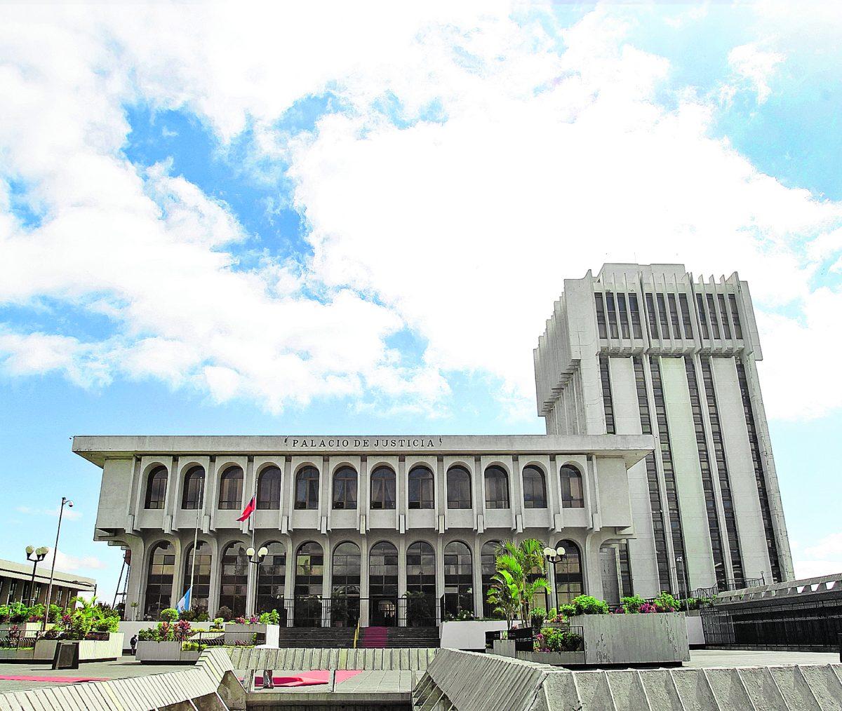 CSJ rechaza señalamientos de la CC sobre trámite de antejuicio contra cuatro magistrados