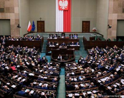 Los comicios están previstos para el próximo 10 de mayo, pero la oposición pide que sean reprogramados.