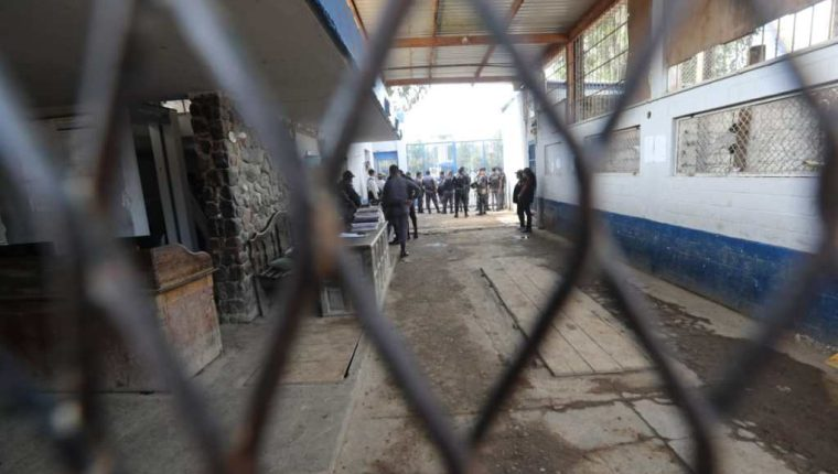 Las autoridades coinciden que las llamadas por extorsión durante la pandemia provienen de la cárcel Pavón.(Foto HemerotecaPL)