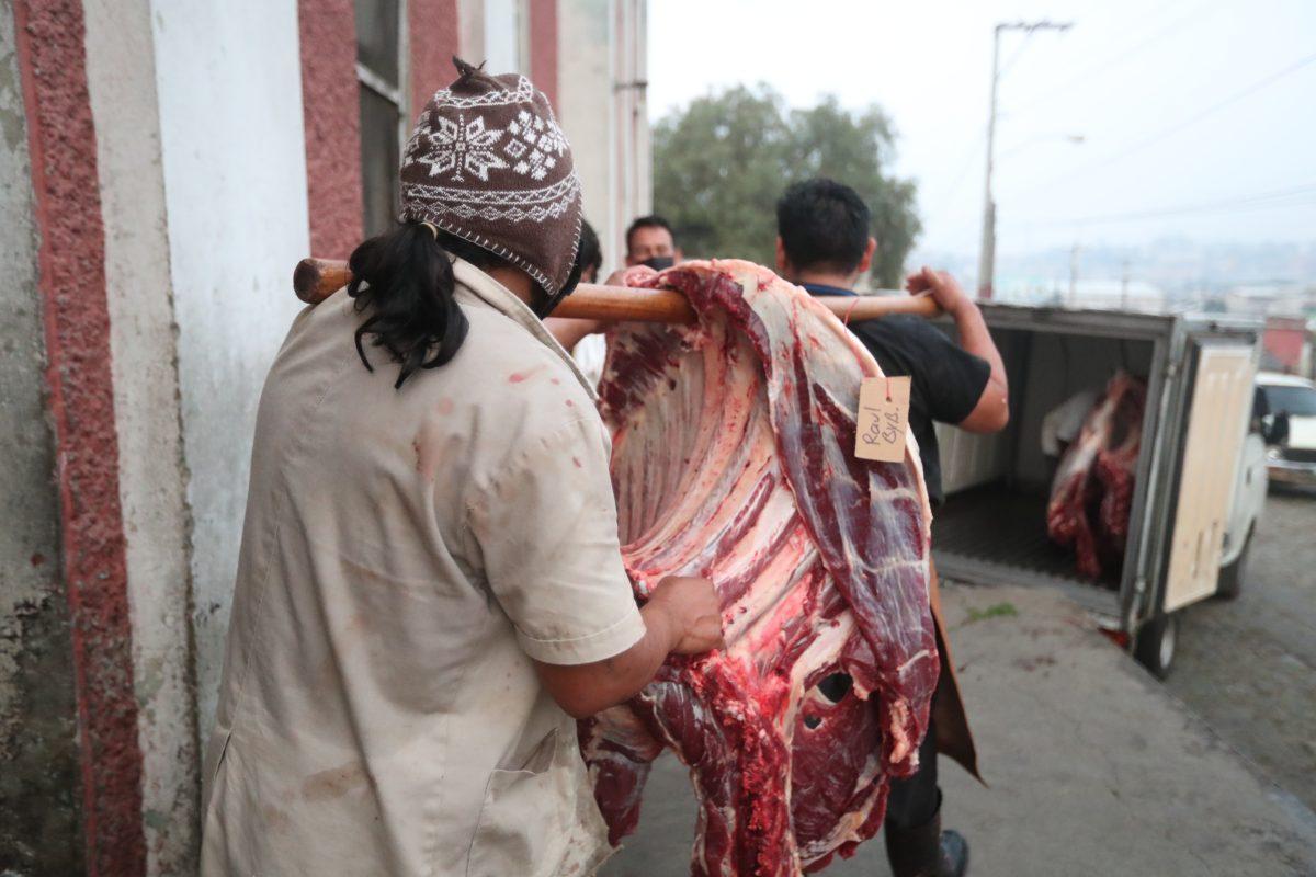 Coronavirus: disminuye el consumo de carne y la actividad en el rastro de Quetzaltenango