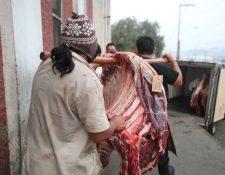 El consumo de carne disminuyó desde el 16 de marzo a causa de la crisis sanitaria por el coronavirus: (Foto Prensa Libre: María Longo)