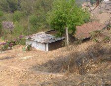 En comunidades de Quiché no hay señal de internet y varios pobladores no ven televisión por carecer de energía eléctrica. (Foto Prensa Libre: Héctor Cordero)