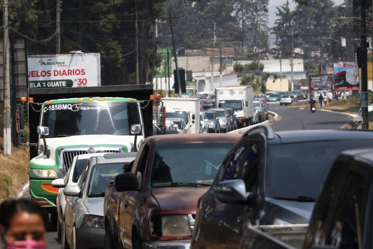Por qué regresa el caos vial a las calles de Xela en medio de las restricciones por el coronavirus