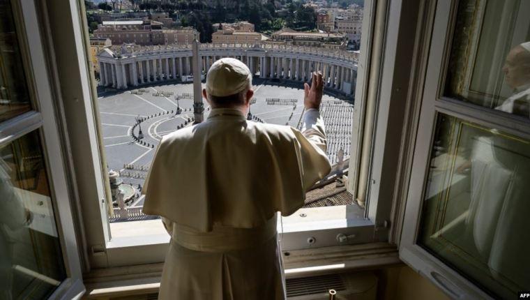El Papa Francisco recordó a los damnificados por las tormentas Eta e Iota en Centroamérica y el Caribe. (Foto Prensa Libre: Vatican News)