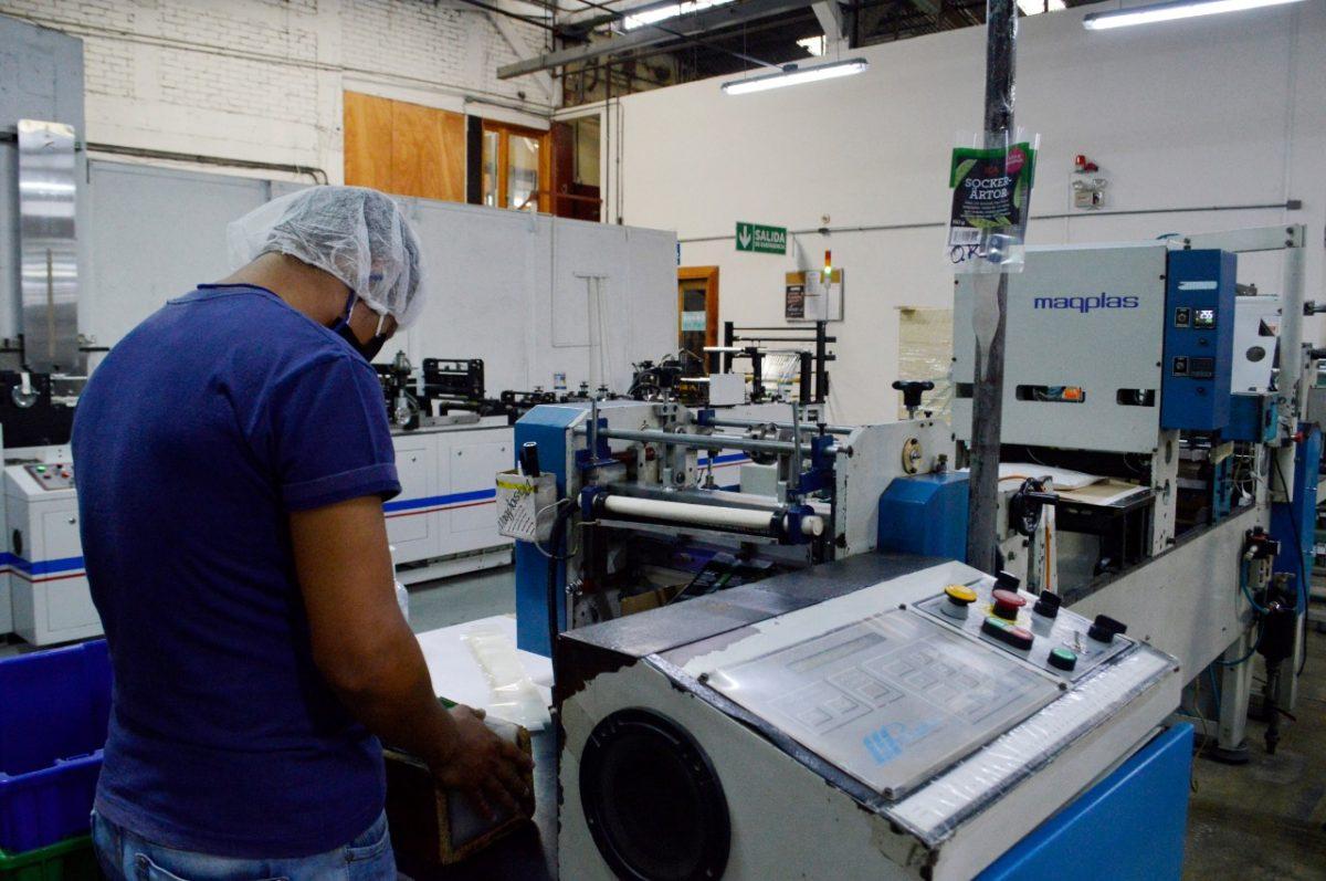 Coronavirus: Estos son los productos que mantienen ocupada a la industria del plástico