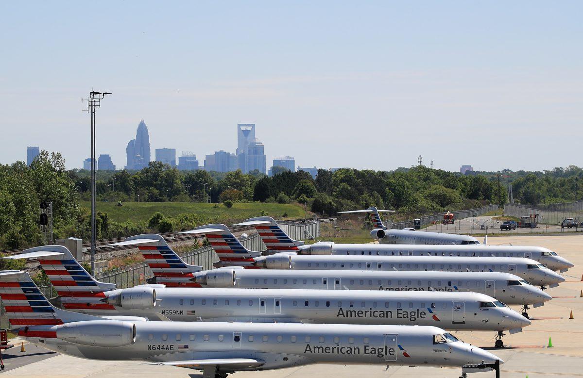 EE.UU. entrega ayuda adicional de US$9 mil 500 millones para aerolíneas