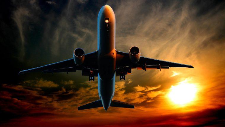 Debido a la reducción de vuelos por la pandemia, la calidad de los pronósticos podría ser afectada. (Foto Prensa Libre: Pixabay)