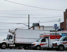 Una funeraria de Brooklyn estaba usando camiones de mudanza para almacenar los cuerpos. Reuters