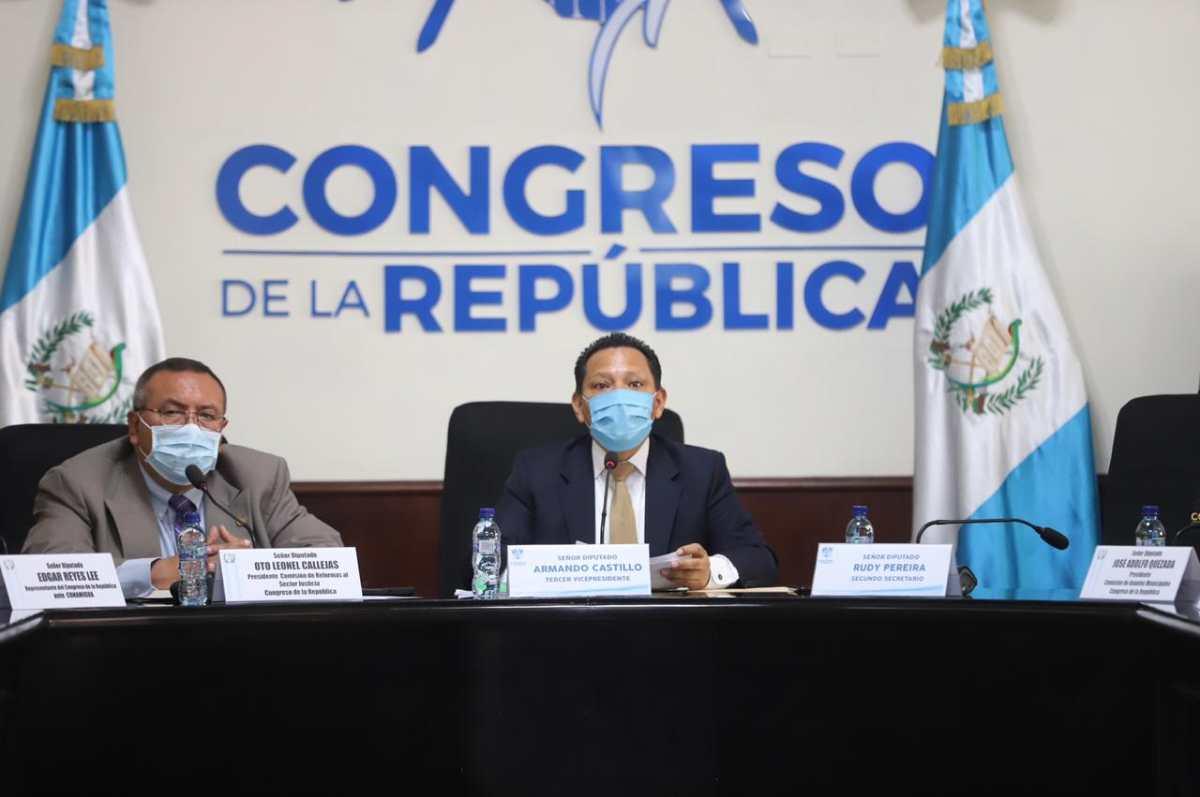 Coronavirus: Congreso desistirá de ley para liberar reos vulnerables y lo haría el OJ con una disposición interna