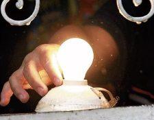 Cambios en el monto para cobrar por el servicio de distribución de energía deberán ser notificados en los próximos días. (Foto, Prensa Libre: Hemeroteca PL).
