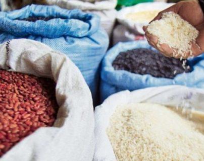 Coronavirus: Pese a advertencias a comerciantes, guatemaltecos deben pagar más por frutas, granos y huevos
