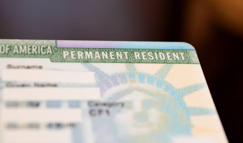 Trump justifica así la suspensión de las green card frente al coronavirus en Estados Unidos