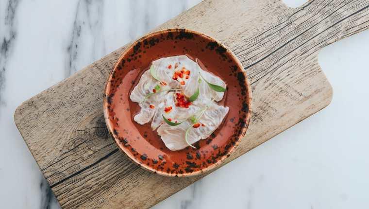 Los ceviches suelen presentar fuentes de proteína junto a difernetes vitaminas de los vegetales. (Foto Prensa Libre: Pixabay)