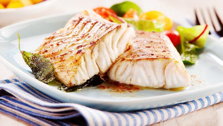Expertos recomiendan el consumo de pescado a pesar del riesgo de consumir sustancias tóxicas como el mercurio. (Foto Prensa Libre: HemerotecaPL)