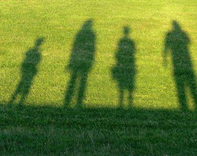 ¿Estará haciendo demasiado por sus hijos y sobreprotegiéndoles? ¿Cuáles son las causas de esta dinámica?  (Foto Prnesa Libre: Pixibay)