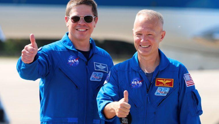 Bob Behnken (izquierda) y Doug Hurley (derecha) llegan a Florida el 20 de Mayo para preparar el lanzamiento.