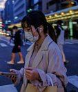 Japón, como muchos otros países asiáticos han relajado las restricciones de movimiento del público, pero han registrado nuevos focos de infección. GETTY IMAGES