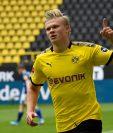 Erling Haaland celebra el primer gol de Dortmund en el regreso de la Bundesliga. (Foto Prensa Libre: EFE)