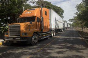 Coronavirus: Los riesgos de que los países centroamericanos respondan con bloqueos a la crisis del transporte de carga