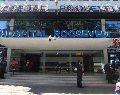 El Hospital Roosevelt es uno de los centros médicos a los que más acude la población por diferentes padecimientos y atiende casos de coronavirus.  (Foto Prensa Libre: Hemeroteca PL)