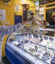 Una heladería en Turín que, como otras, reabrió sus puertas el domingo 17 de mayo de 2020.