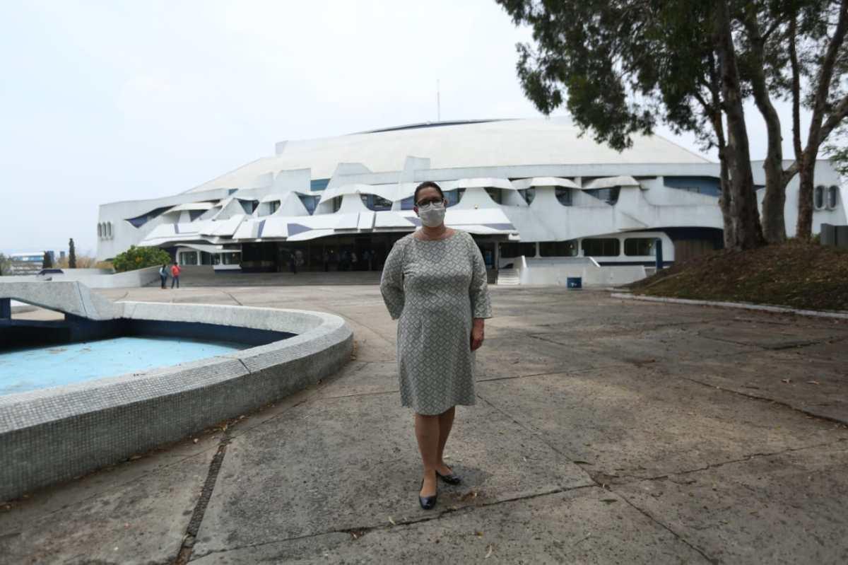 Hija de Efraín Recinos asume como directora del Centro Cultural Miguel Ángel Asturias