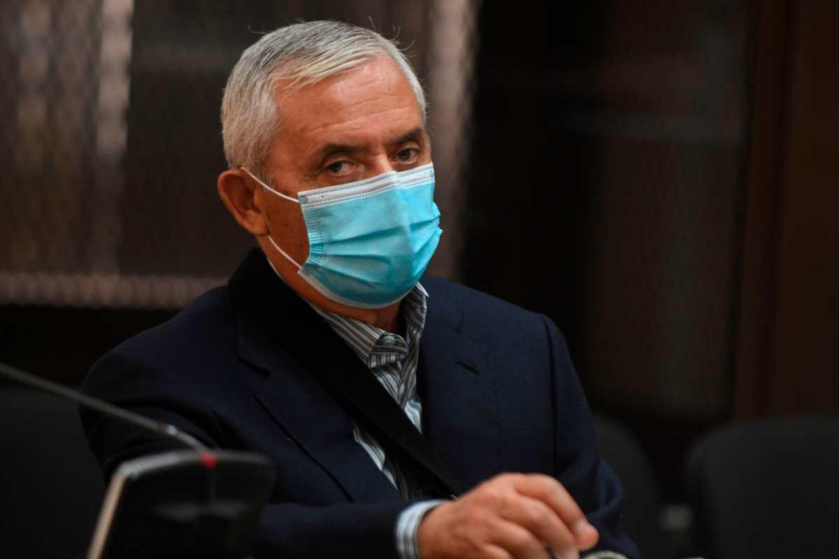 En septiembre de 2015 se le dictó prisión preventiva a Otto Pérez Molina después de renunciar por su posible implicación en el caso La Línea.