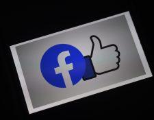 Facebook busca ayudar a negocios agonizantes que puedan recuperarse a través del comercio electrónico. (Foto Prensa Libre: AFP)