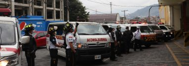 Estaciones de municipios vecinos a Xela, así como de Totonicapán, estuvieron en el acto de solidaridad. (Foto Prensa Libre: Raúl Juárez)