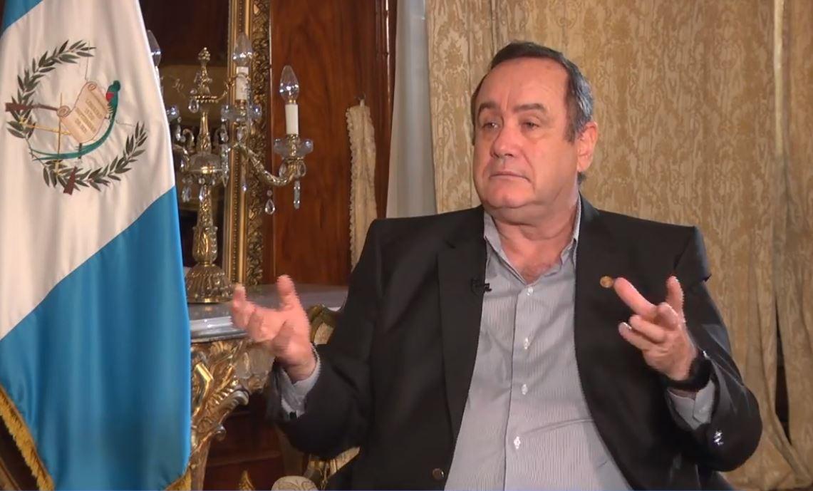 """Alejandro Giammattei: """"No vamos a poder tener el país cerrado para siempre"""""""
