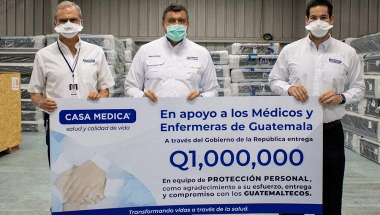 Casa Médica contribuye con la lucha del covid-19 con la donación de equipo de protección para médicos y enfermeras. Foto Prensa Libre: Cortesía