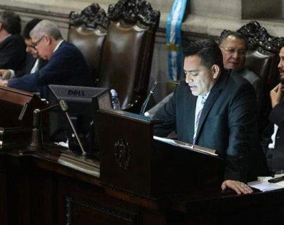 Édgar Cristiani es señalado por el MP de contrataciones irregulares en el Congreso. (Foto HemerotecaPL)