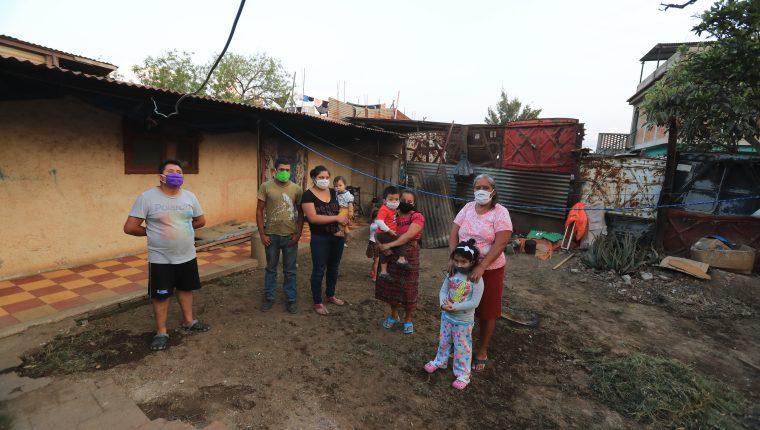 Baja en los ingresos para el hogar son algunos de los efectos derivados del covid 19 y las medidas de restricción para mitigarlo. (Foto, Prensa Libre: Hemeroteca PL).