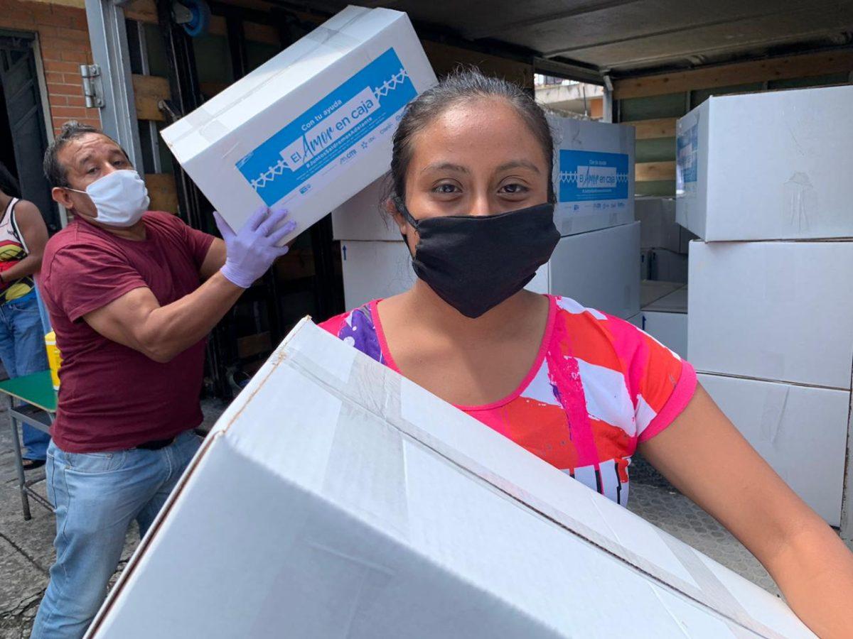 Multi Inversiones comienza la entrega de cajas de alimentos a familias guatemaltecas afectadas por el coronavirus