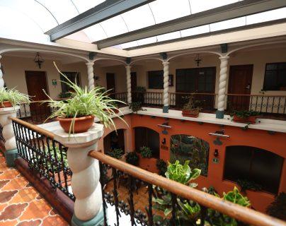 El Hotel Bonifaz tiene 85 años de funcionar en Quetzaltenango y ahora pretende superar la crisis económica por el coronavirus. (Foto Prensa Libre: María Longo)