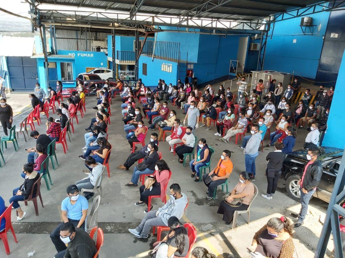 Practican hisopado a 900 trabajadores de maquila para detectar coronavirus