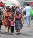 El uso de mascarillas se hizo obligatorio y los guatemaltecos cumplen con esta medida. (Foto Prensa Libre: Hemeroteca PL)