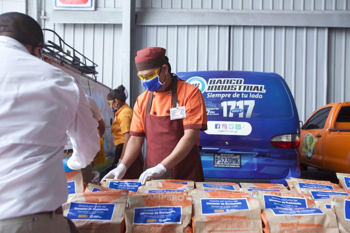 Banco Industrial y Pollo Campero se unen para alimentar al personal médico